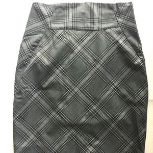Express PENCIL SKIRT Black and White Checked sz 2